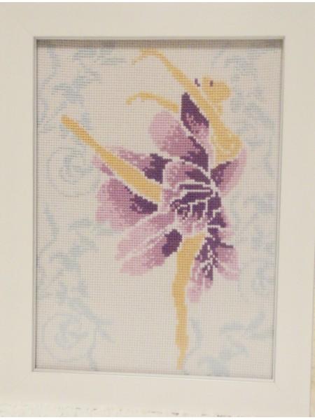 Картина «Фея танца» вышитая крестом ручной работы 21х16 см