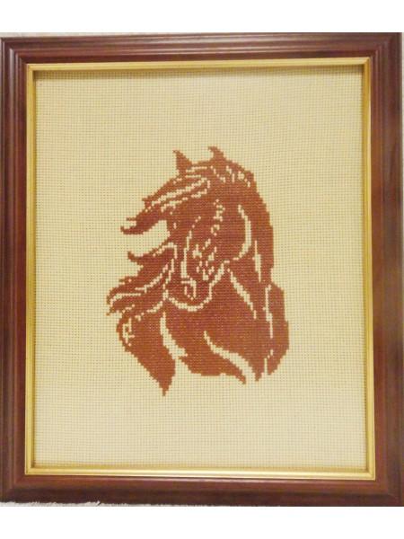 Картина «Силуэт» вышитая крестом ручной работы 24х20 см